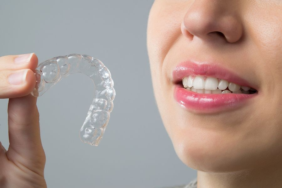 Dentist in Fort Wayne, IN – How Does Invisalign Work?
