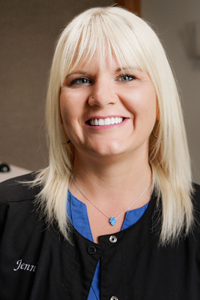 jenni of legacy dental